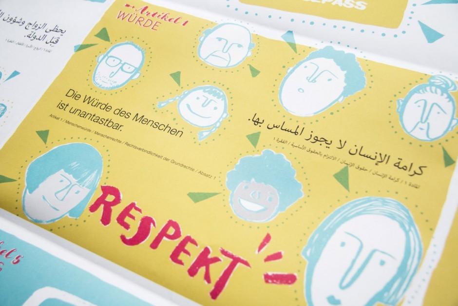 Schön illustriert, zeigt das von Leitwerk gestaltete Plakat die deutschen Grundrechte mit arabischer und auf der Rückseite mit englischer Übersetzung.