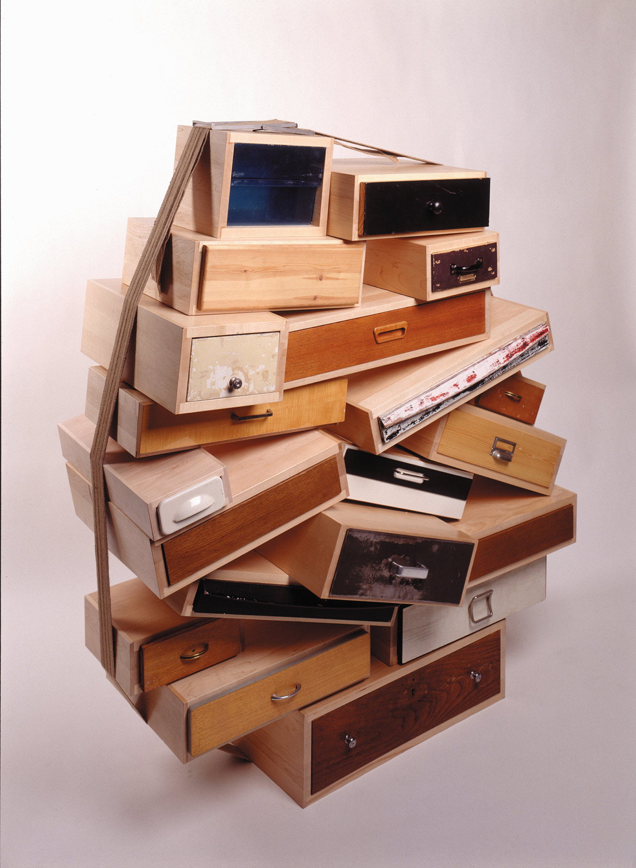 1991_ChestofDrawers