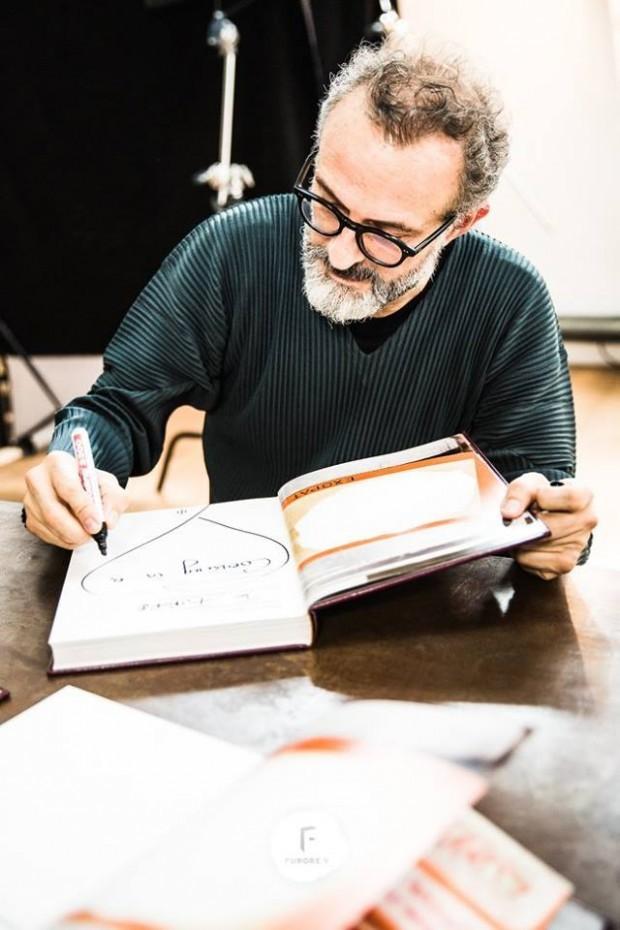 Signierstunde mit Massimo Bottura