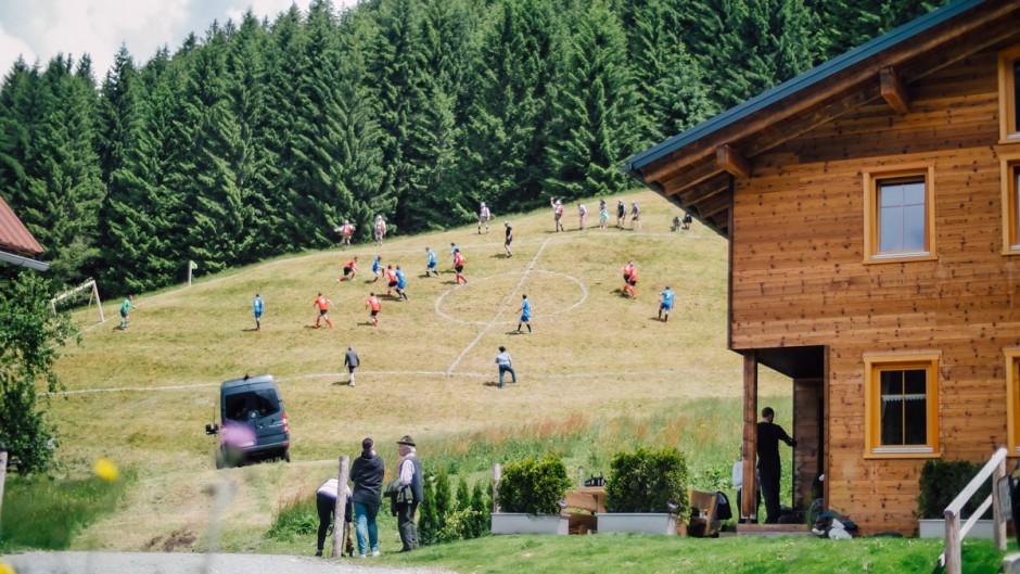 Extreme Alpine Soccer für Mercedes-Benz Vans