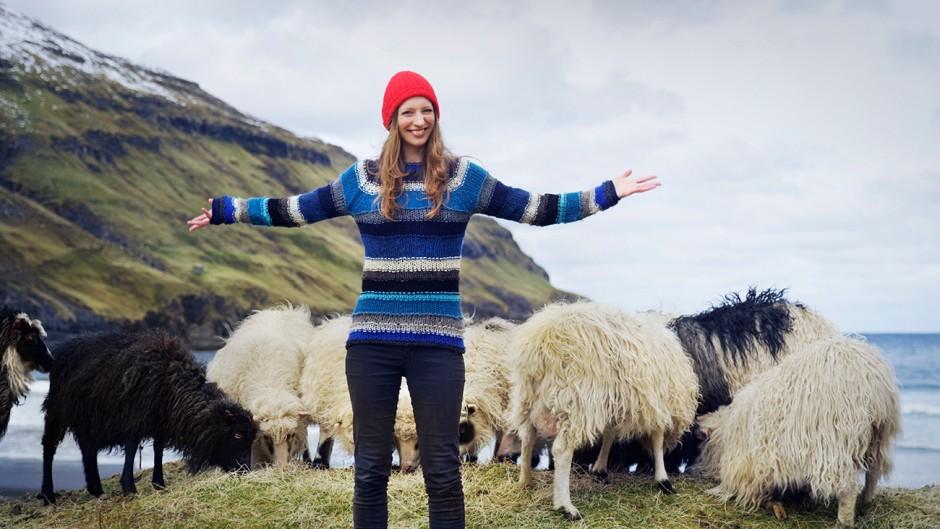 Durita Dahl mit der Schafherde