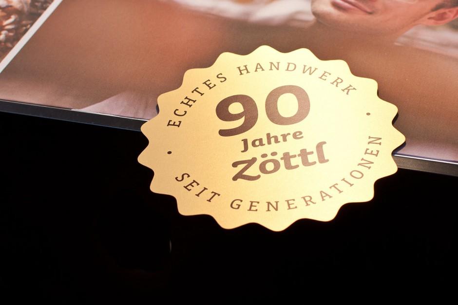 90 Jahre Brotzeit: Dekoaufkleber