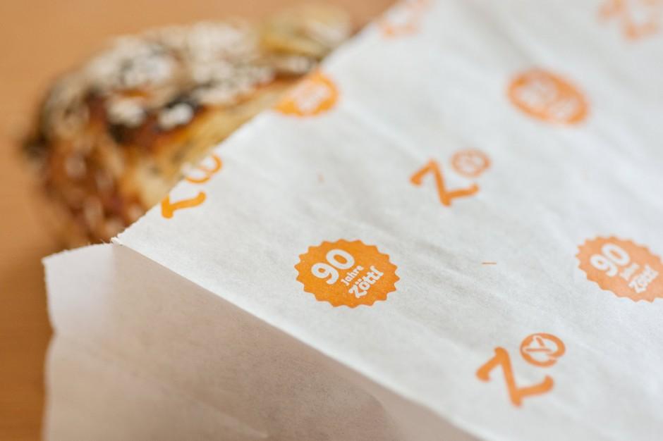 90 Jahre Brotzeit: Brottüte