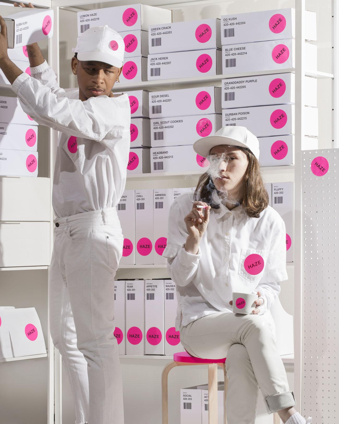 Der von Wax Studios aus Brooklyn (http://wax-studios.com) für das Designmagazin »Surface« (www.surfacemag.com/articles/high-designs) entwickelte fiktive Weed-Brand Haze soll schon bald Multimillionen Dollar schwer sein und Amazon und Starbucks übernehmen