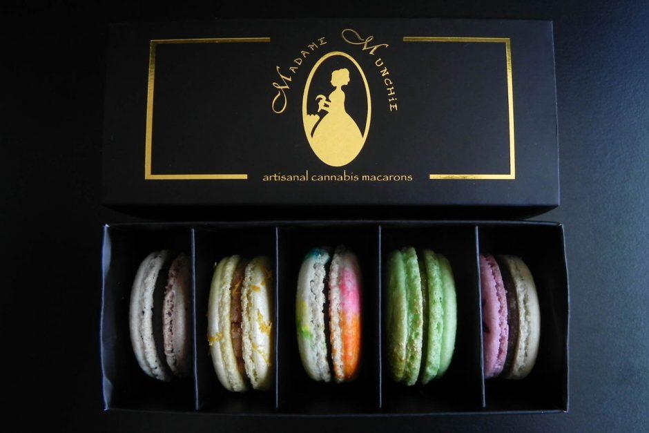 Die mit einer ordentlich Dosis THC versetzten »Artisanal Cannabis Macarons« von Madame Munchie (http://madamemunchie.com) sind aktuell wohl die schönste Antwort auf den Fressflash, die es gibt