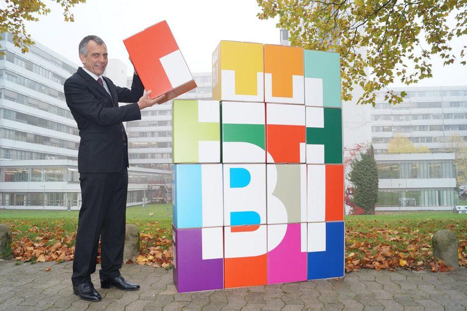 Auch die Universität Bielefeld und Rektor Prof. Dr.-Ing. Gerhard Sagerer unterstützen den Bielefelder Stadtmarkenprozess