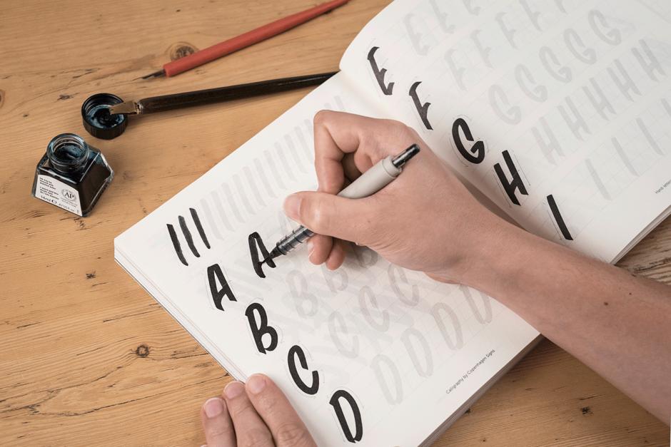 Buch, Lettering, Typografie