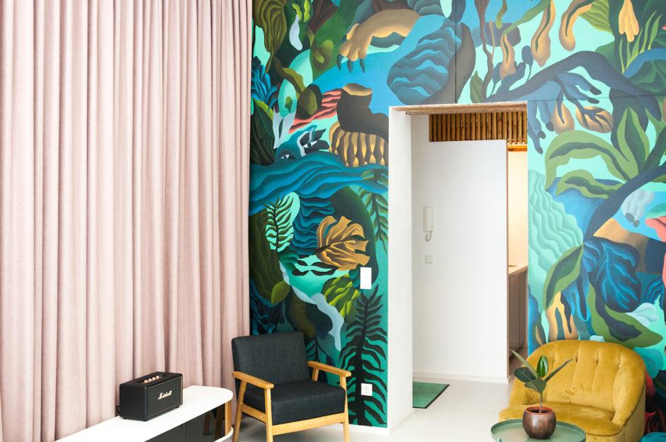 Blick ins Studio Garden Olson Delia Fröhlich Wandmalerei