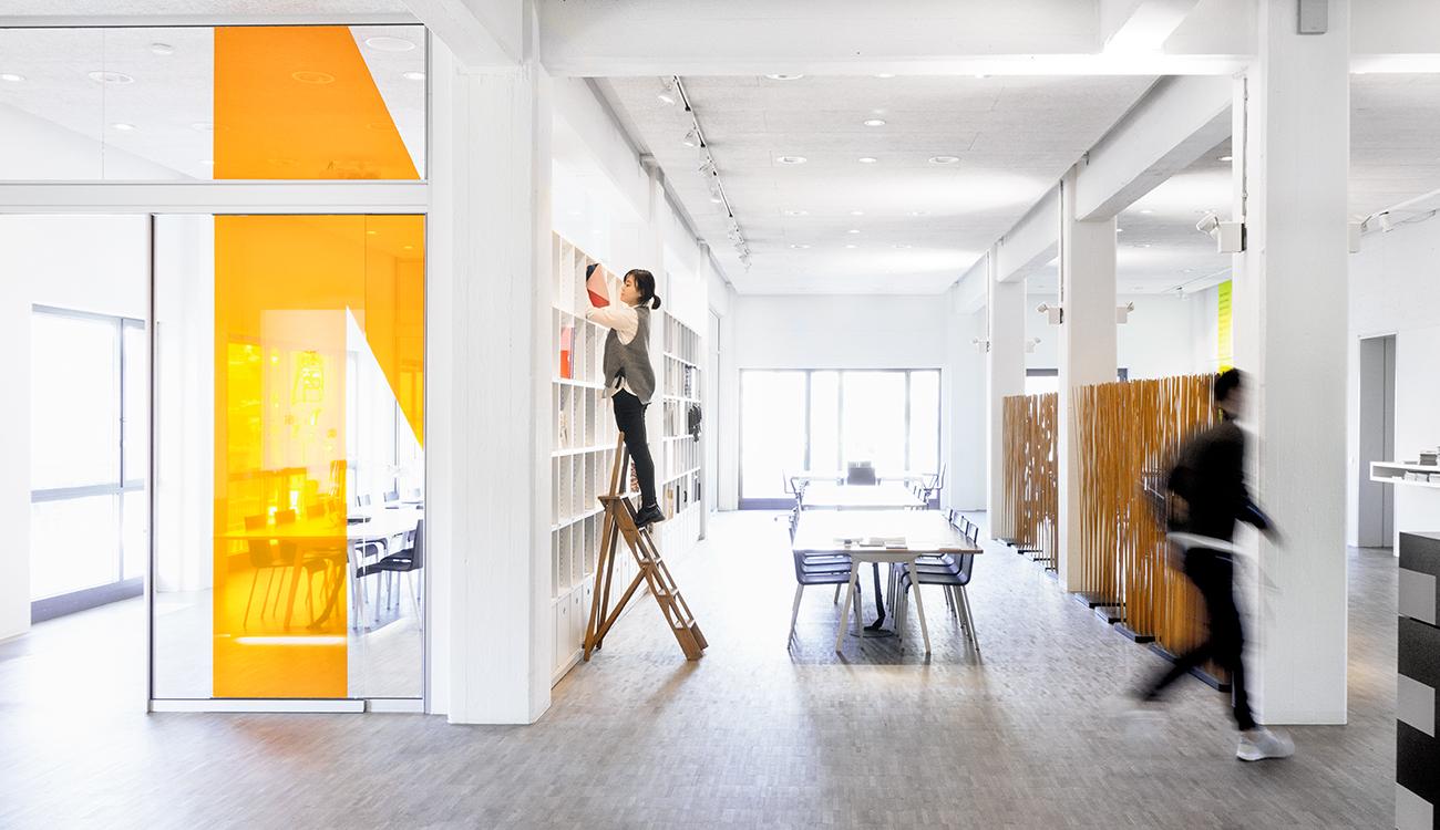 blick ins studio d art design gruppe page online. Black Bedroom Furniture Sets. Home Design Ideas