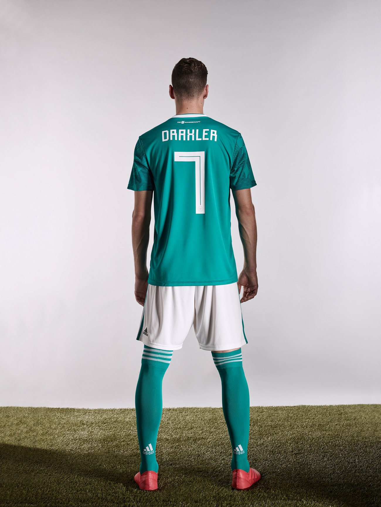 Fußball-Trikots in der Designkritik, WM 2018