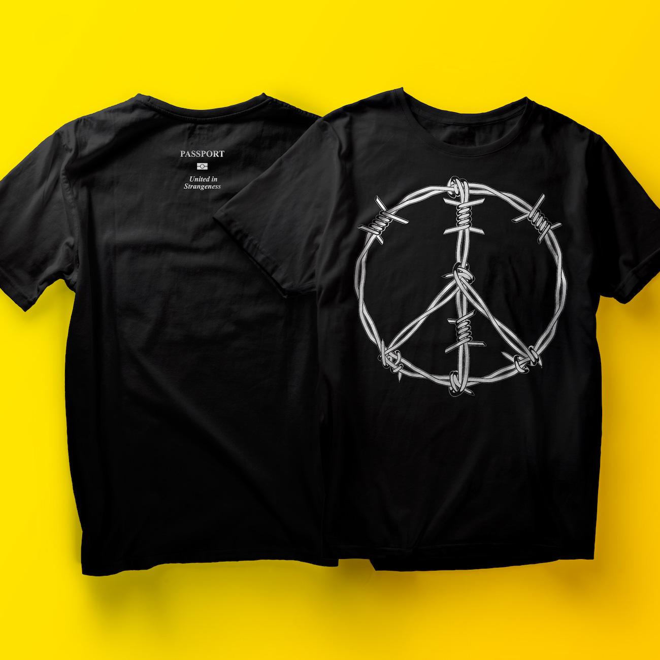 Sucuk & Bratwurst T-Shirt für Studio Clash: Stacheldraht Peace