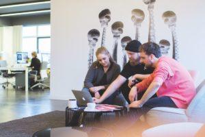 So geht Teambuilding: Tipps und Expertenmeinungen