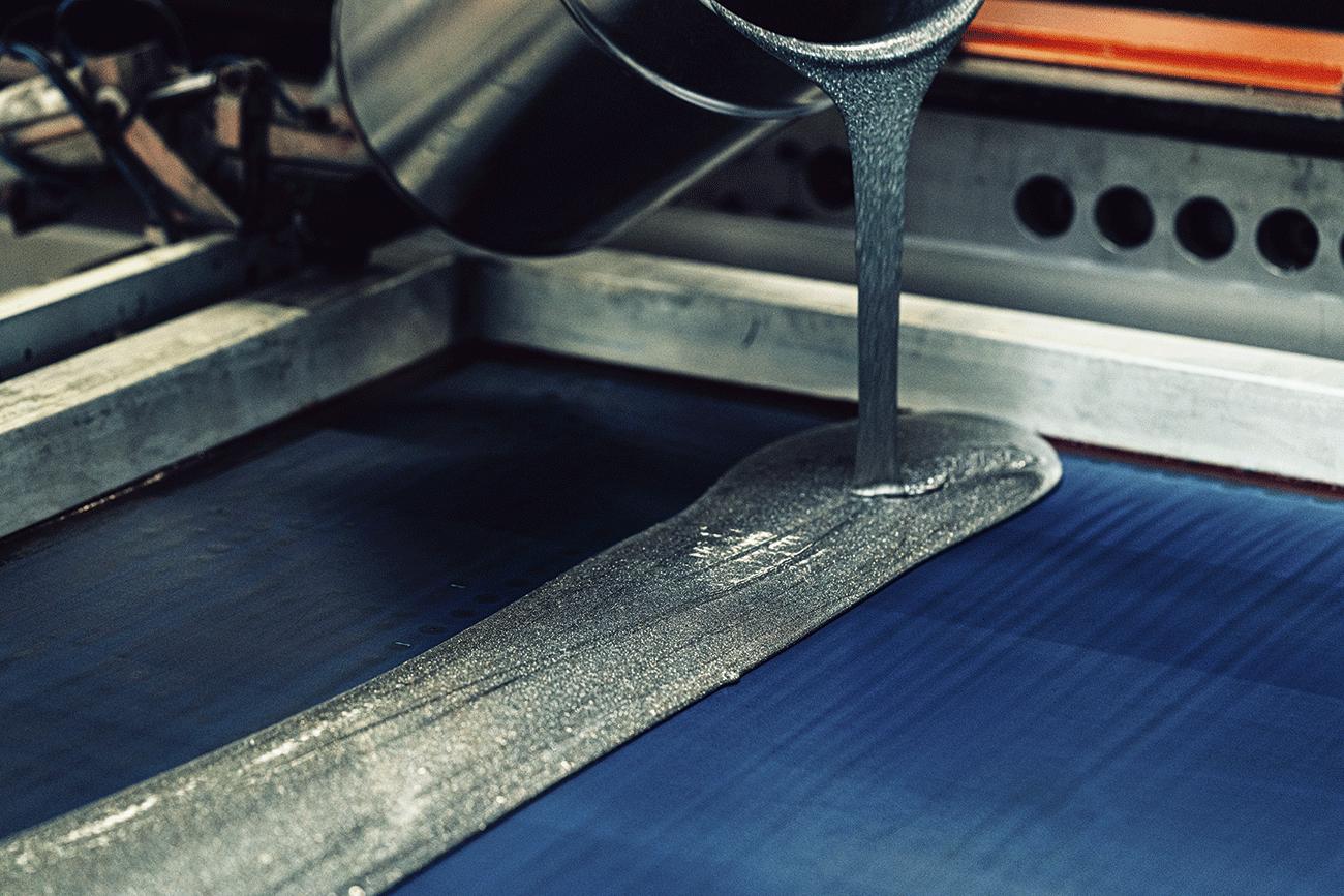 Glitzerlack im Siebdruck als Druckveredelung