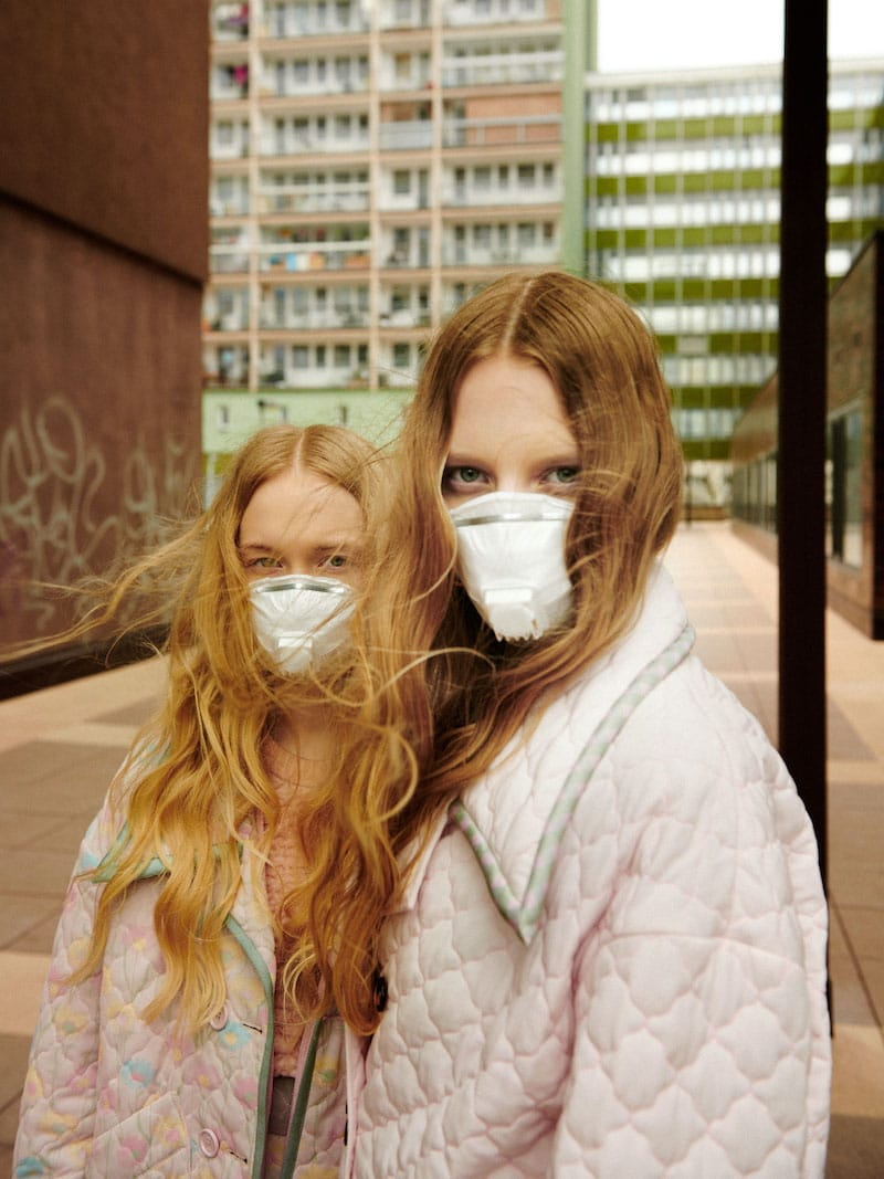 Modefotografie Mundschutz Jana Kapounova