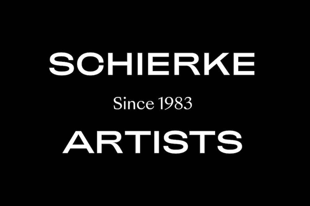 Schierke Artists Wortlogo, weiße Schrift auf Schwarz