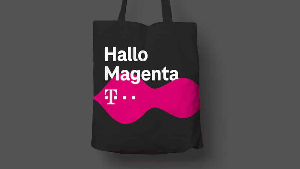 Liquid Brand Design auf der Tasche der Telekom