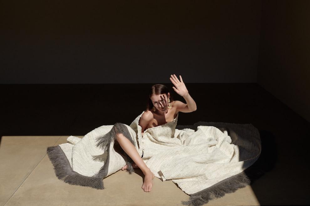 Modefotografin Berlin Anna Daki Nomad-Teppiche