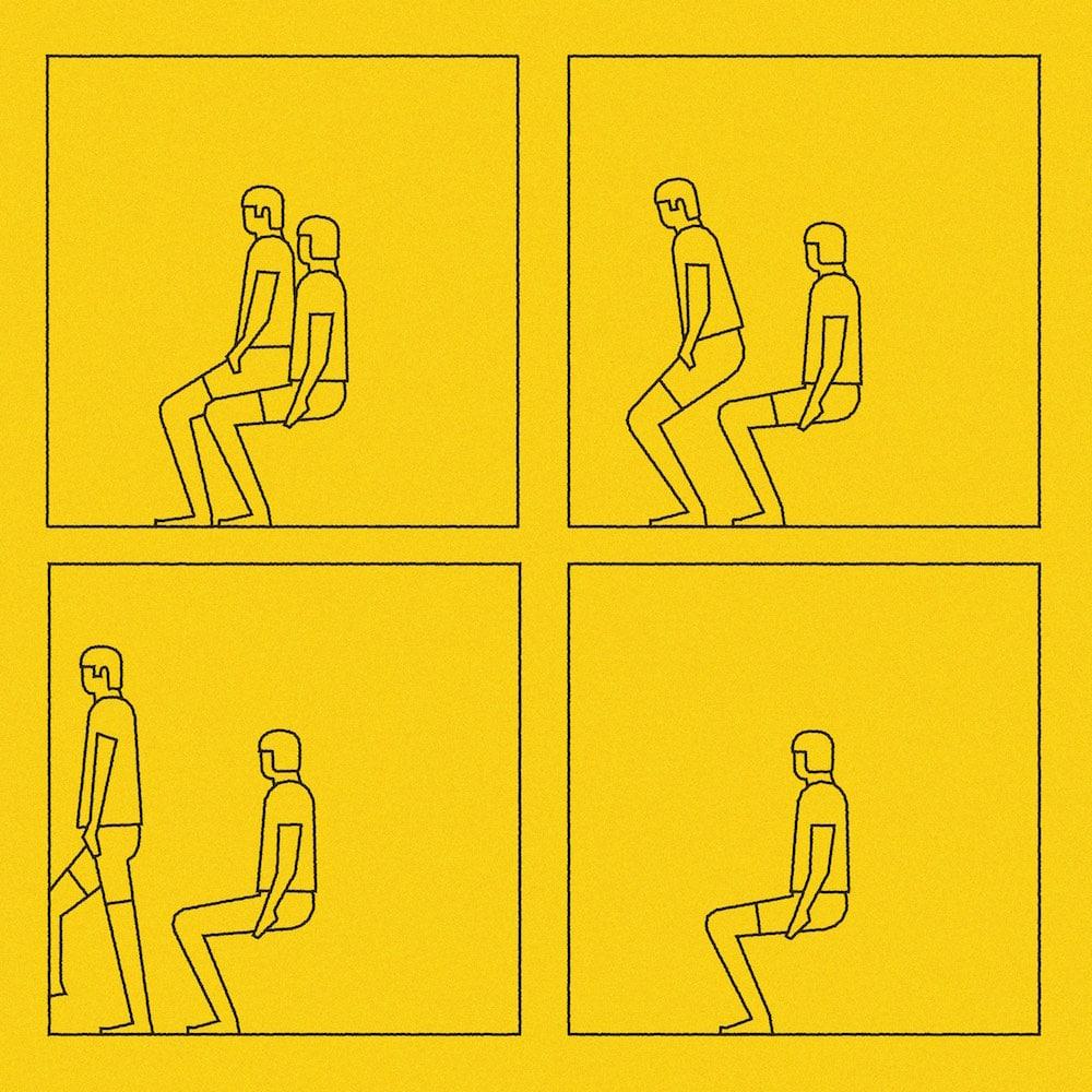 Sebastian König »In Shorts«, ein Mann als Stuhl mit Jemandem, der auf ihm sitzt