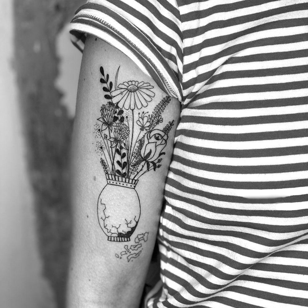 Frau Ines Tattooarbeit